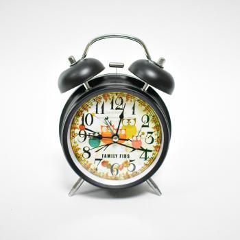 Настольные часы - будильник. Металлический корпус. Высота 10 см.